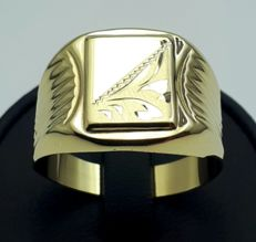 14 Ct Yellow Gold Men's Ring, size 22.50 mm