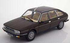 Norev- Scale 1/18 - Renault 30 TX 1981 - Colour Brown Metallic