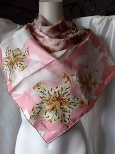 Cartier - silk 'panther' foulard carré/ square scarf - rose pattern