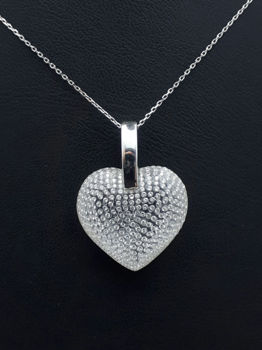 18 ct white gold chain and floating diamond heart pendant chain 18 ct white gold chain and floating diamond heart pendant chain 45cm hearth 290x2 cm aloadofball Images