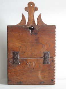 Wooden school bag - Northern Netherlands - 18th/19th century