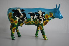 Cow Parade - Mary Beth Whalen  - type Cow Barn - Large - Retired