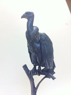 Griffon vulture in silver resting on aragonite - manufactured by Alberti - Spain - 1970 / 1980