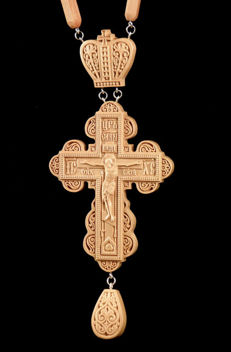 Cross pectoral premium wooden carved large + Cwooden chain carved - Pear - Ukraine - 21 century