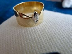 PIERRE CARDIN - 18 kt yellow gold ring signed Pierre Cardin with marquise cut diamond - size 14