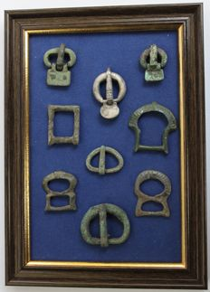 Ancient Roman & Byzantine Empire bronze & silver buckles in frame - 16 mm / 32 mm (9)