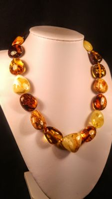 100% Natural vintage mixed colours Baltic Amber necklace, 53 grams