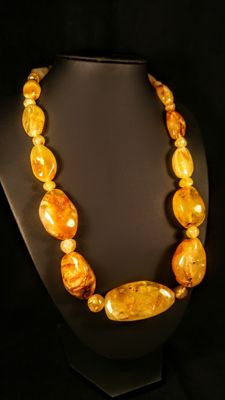 Vintage natural egg yolk colour Baltic Amber necklace, 97 grams