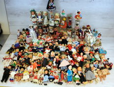 Collection of costume dolls, 124 items