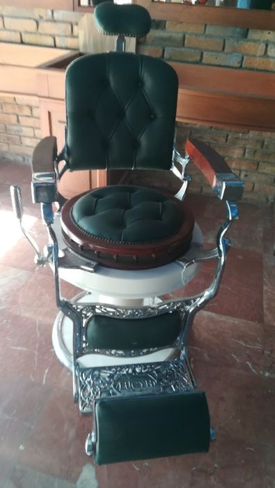 Barber chair - brand Lucyn, 1920