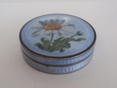 Guilloche enamel, silver snuff box with floral decoration, France, 19th century