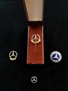 Mercedes Benz pins of 100,000 km. separate copy and 250,000 km. in box 1970s, with Mercedes Benz pin silver colour and Mercedes Benz brooch 1960s