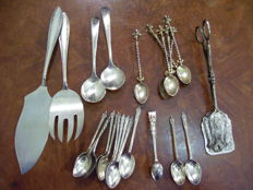 Lot of silver plated cutlery, WMF, EPNS, etc.