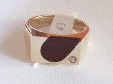 Men's ring in 18 kt yellow gold and onyx - size 17