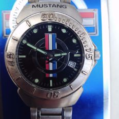 FORD MUSTANG RUNNING PONY 35th anniversary - men's wristwatch - 1990s USA
