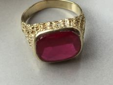 Unisex vintage gold ring, 585 yellow gold with synthetic ruby