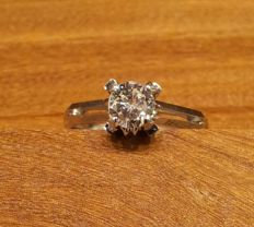 Solitaire ring in 18 kt white gold Diamond 0.75 ct