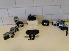 8 cameras - Agfa, Russian camera, Beirette, Leica and Konica - Kaiser camera stand - 1960s