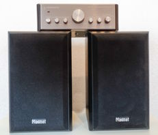 Amplifier with Magnat speakers