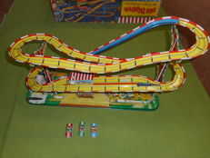 "Technofix, Western Germany - Length around 55 cm -Tin ""Big Dipper"" GE-316 roller coaster with battery engine, 1960s"