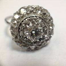 Old white gold ring, cut diamonds bolsevic type, minimum 3.3 ct