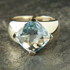 8K Solitaire Engagement / Entourage Ring Topaz in cushion cut of c. 5,3 Ct  RS 57 : US: 7,5-8 : 18 mm∅