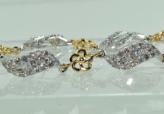 Exceptional two-gold bracelet in 18 kt set with 234 diamonds for around 6.04 ct ***NO RESERVE PRICE***