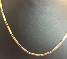 Gold fantasy necklace, lobster clasp, 44.5 cm.