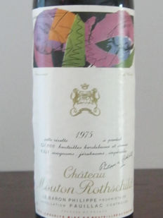 1975 Château Mouton-Rothschild - 1er Grand Cru Classé - 1 bottle