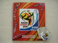 Panini - 2010 World Cup South Africa - Complete album + 13 assorted trading cards
