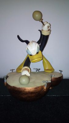 Disney, Walt - Figure - Donald Drum Beat - Symphony Hour - Very rare - Big Figurine