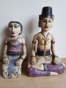 Wooden pair of a man and a woman - Indonesia - mid/late 20th century (60 cm)