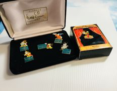 Disney, Walt - 6 pins WDCC - 5x Mickey Mouse + 1x Disney Magical Moments - Mickey Mouse (1995)