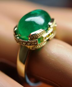 Gold Ring - 6.95  gr. with Rarity: Luxury Natural Emerald - 6.05 сt. and Diamonds - 0.16 ct.