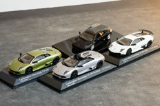 Autoart / Minichamps - Scale 1/43 - Lot with 3 models: Lamborghini Murcielago, LP640, LP640 Roadster and LP670-4 SV