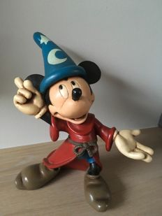 Disney, Walt - Figure - Mickey Mouse as sorcerer's apprentice from Fantasia