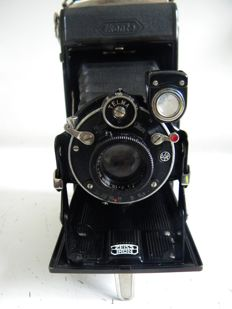 Zeiss ikonta bellows camera - with leather case - approx. 1920