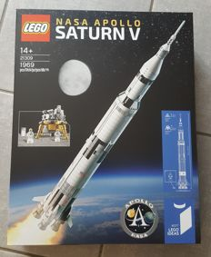 Ideas - 21309 - Nasa Apollo Saturn V