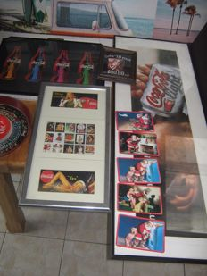 Nice coca cola collection: tray, ashtray, advertising signs large and small, painting, Christmas advertising Coca Cola