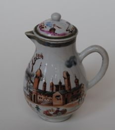 Chine de Commande milk jug -  China - 18th century.