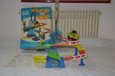 Disney, Walt - Loop the Loop Roller Coaster Playset - Mickey Mouse & Donald Duck (1970s)