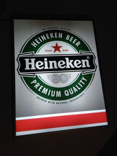 Royal Heineken. Logo dipped aluminum case. 57 / 44cm made in Holland. Hanging on the ceiling or on the wall or standing. ca. maybe 1995 / 2000y in perfect condition.