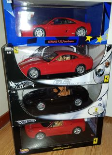 Hot Wheels / UT Models - Scalel 1/18 - Lot with 4 models: 4 x Ferrari