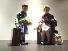 "Royal Doulton keramiek ""boy and girl evacuee"" beelden  - Gelimiteerde oplage."