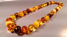 100% Natural Baltic Amber necklace, length 46 cm, 38 grams