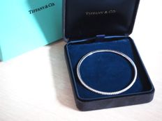 Tiffant metro bracelet 18 kt white gold with 1.59 ct diamond - diameter: 61 mm