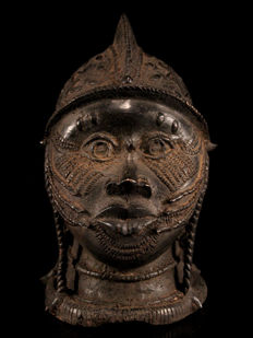 IFE Bronze Memorial Head, 5 Kilos - Nigeria