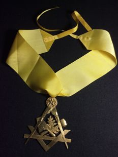 Important Masonic medal