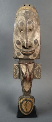 Forehead mask for a dance costume - Sepik - Papua New Guinea