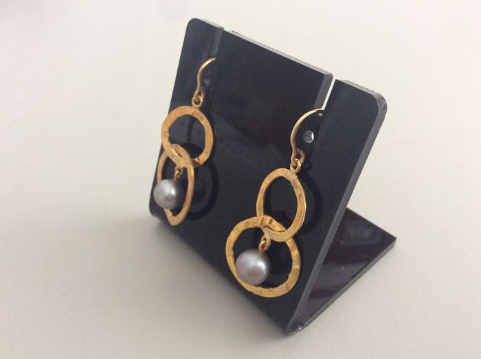 Earrings-yellow gold-cultured  pearl